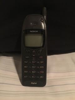 Antigo Celular Nokia 6120 A Com Carregador