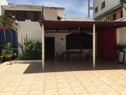 Calle Principal De Villas Del Mar - Casa Para Renovar