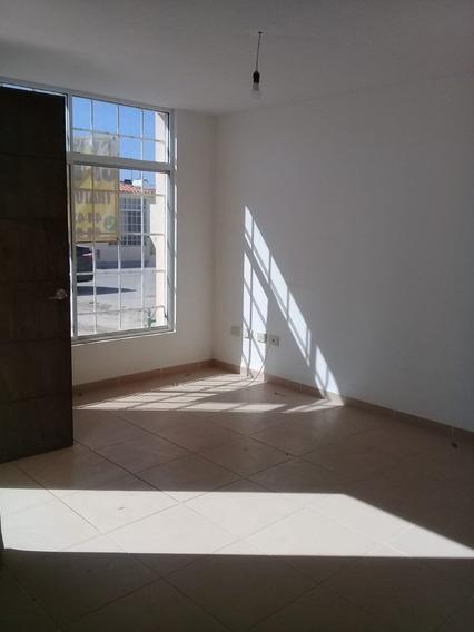 Casa En Venta En Residencial Seminario, Slp.