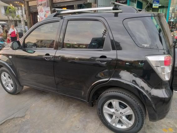 Daihatsu Terios Motor 1.5 - 2014 Color Negro 5 Puertas