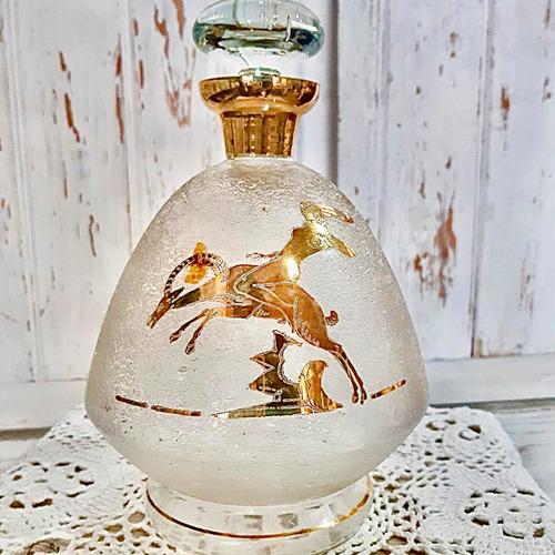 Antiguo Botellón Licorera Detalles En Oro