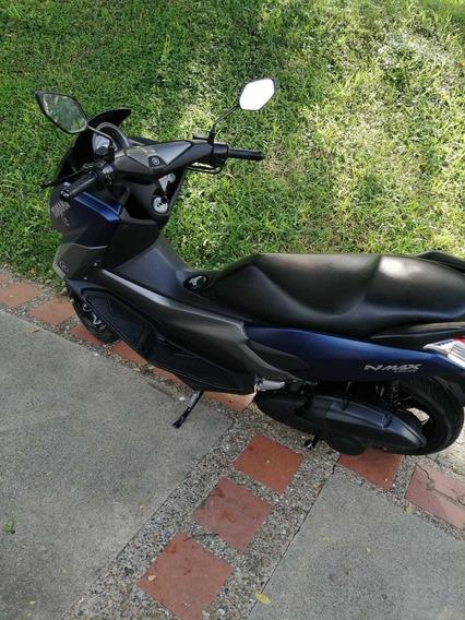 Yamaha Nmax Azul