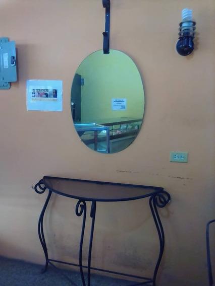 Peinadora O Consola Con Espejo Para Peluqueria O Barberia