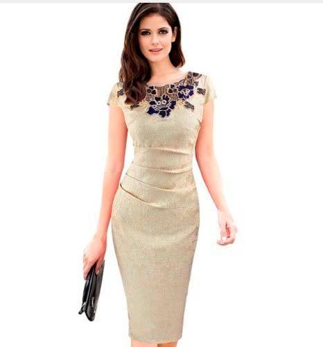 b0b9895c6 Vestido Tubinho De Festa Bordado Medio Moda Evangelica - R$ 189,99 em  Mercado Livre