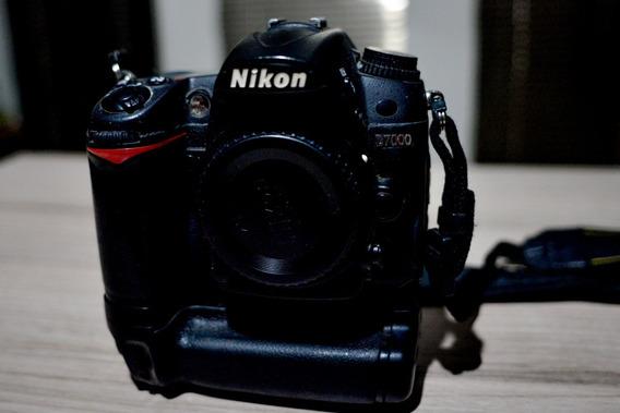 Maquina Fotográfica Nikon D7000
