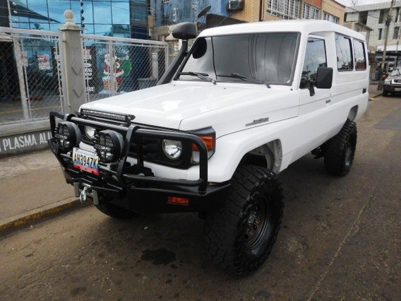 Machito Chasi Larga Land Cruiser Te