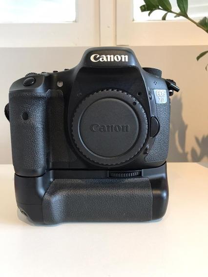 Câmera Canon Eos 7d - C/ Grip E Carregador - Impecável