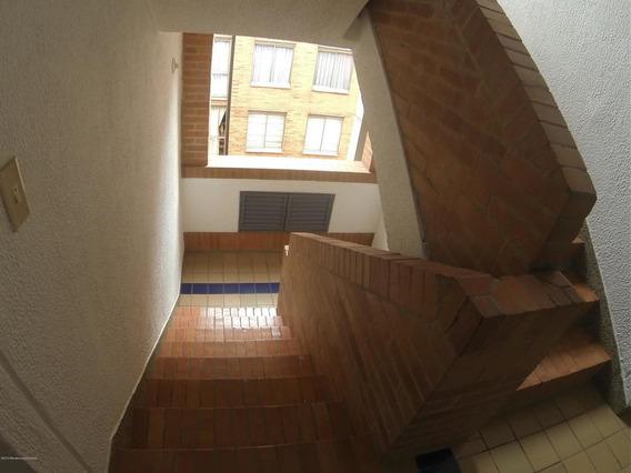 Apartamento En Hayuelos(bogota) Fr 20-561