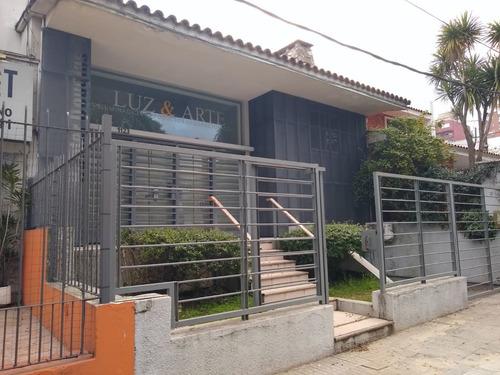 Preciosa Casa Sobre L. A. De Herrera, Proxima A Wtc Y Rambla