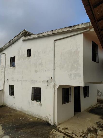 Casa Dos Niv Obra Blanca Urb Contry Club Vía Lagunetica