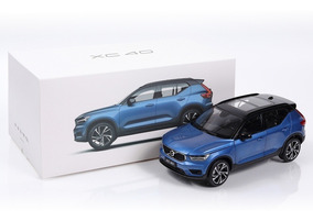 Miniatura Volvo Xc40 T5 Rdesign 1:18 Azul Csm -oferta -