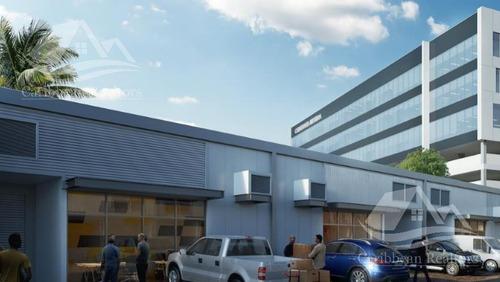 Imagen 1 de 6 de Bodega Industrial En Venta En Merida/centralia