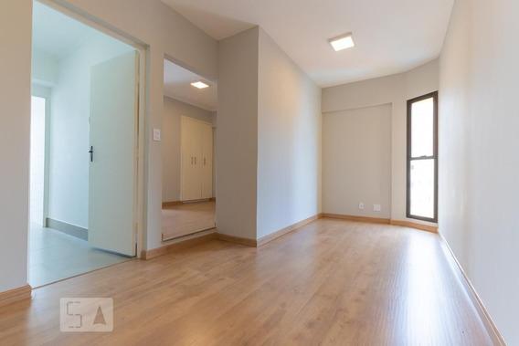 Apartamento No 9º Andar Com 1 Dormitório E 1 Garagem - Id: 892990987 - 290987