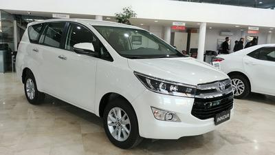 Toyota Innova Srv Nafta 6 A/t 8a