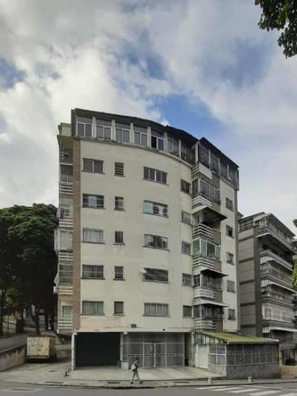 Apartamentos En Venta Mls #20-3640