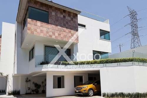En Venta Hermosa Casa De Lujo Al Sur De La Ciudad