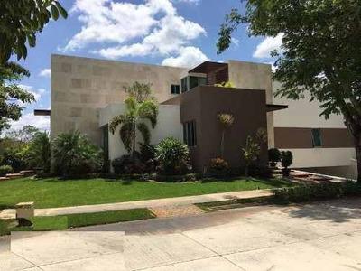 Residencia Amueblada En Venta O Renta Esquina Yucatan Country Club