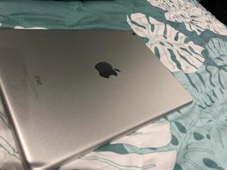 iPad 6th Generación Como Nueva