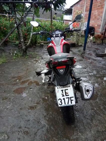 Motocicleta Loncin