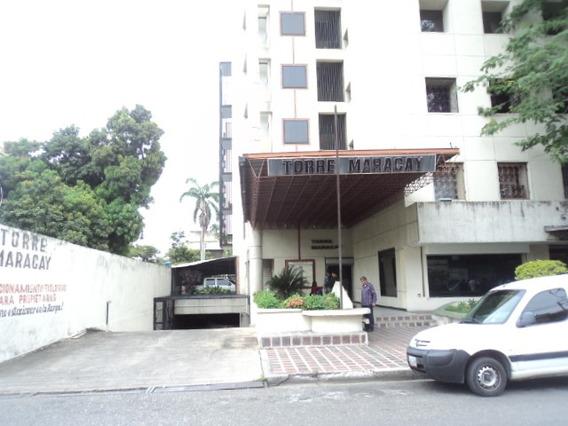 Venta De Oficina En La Torre Maracay. Las Delicias. Maracay