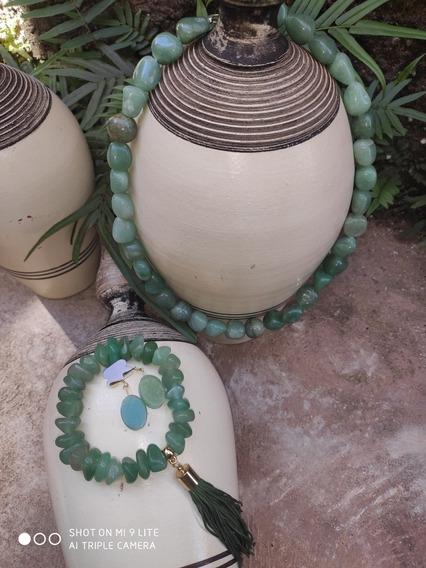 Kit 3 Peças Em Pedra Quartzo Verde (colar,pulseira,brinco).