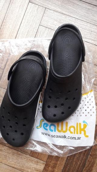 Sandalias De Goma Seawalk 43/44 Negras Sin Uso