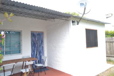 Alquiler Los Pinos, Balneario Casa De Playa - Colonia