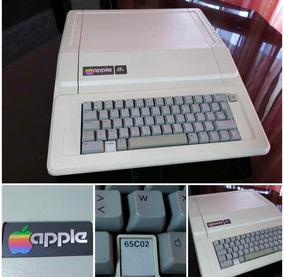 Apple Ii E 1984 - Perfeito! Com Placas Periféricas