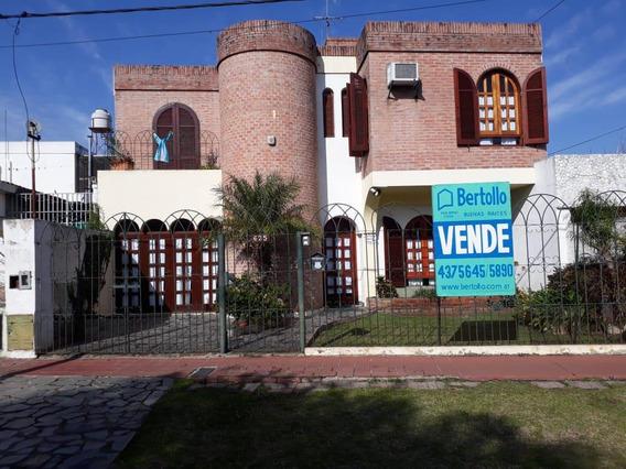 Casa - 3 Dormitorios. Alberdi Rosario