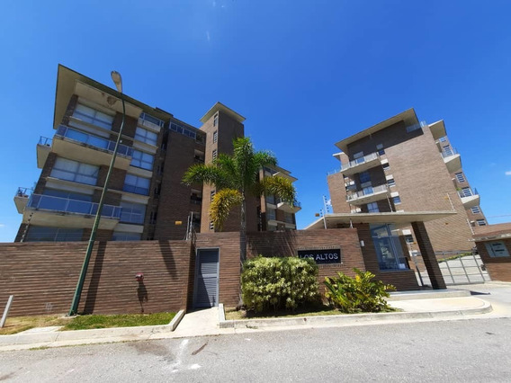 Apartamento En Venta Alto Hatillo 3h- 4b- 3p