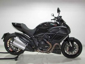 Ducati Diavel - 2013 Preta
