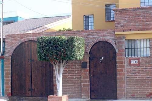 Se Vende Casa Excelente Ubicación Costa Hermosa En Playas De Tijuana Tres Recamaras.