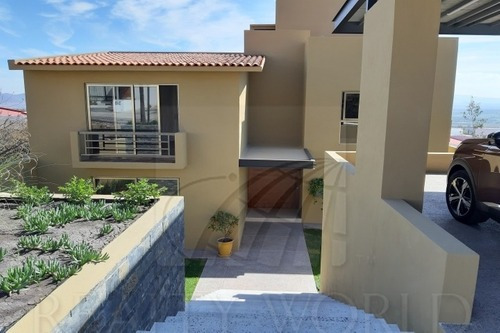 Casas En Venta En Vista Real Y Country Club, Corregidora