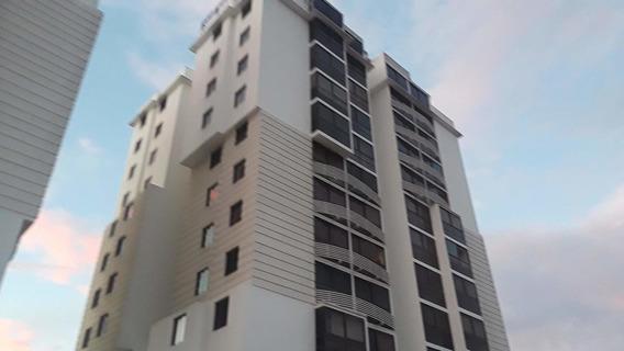Hermoso Apartamento En Venta En Barquisimeto