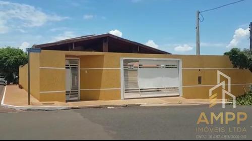 Imagem 1 de 12 de Casas - Residencial             - 847