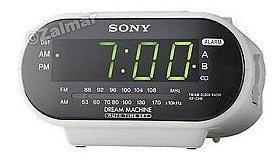 Sony Icf-c318 Máquina Ideal Am / Fm Radio Reloj En Blanco.