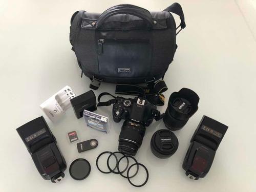 Câmera Nikon D5200 + Acessórios