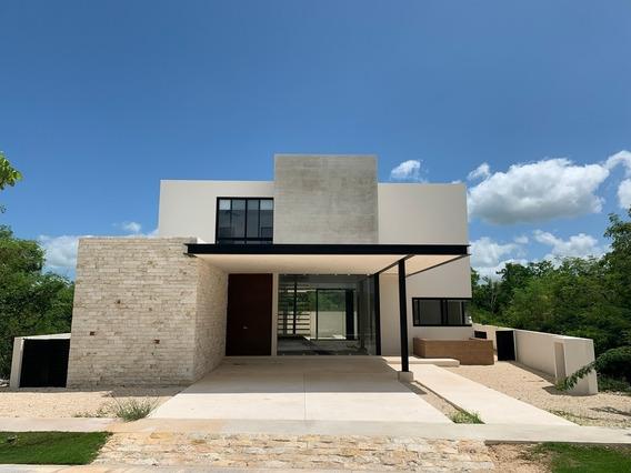 Residencia Nueva En Venta, Privada Oasis Lote 76, Yucatán Co