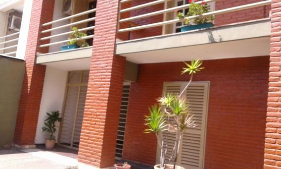 Unica Dueña Vende Importante Casa Apta Credito Hipotecario