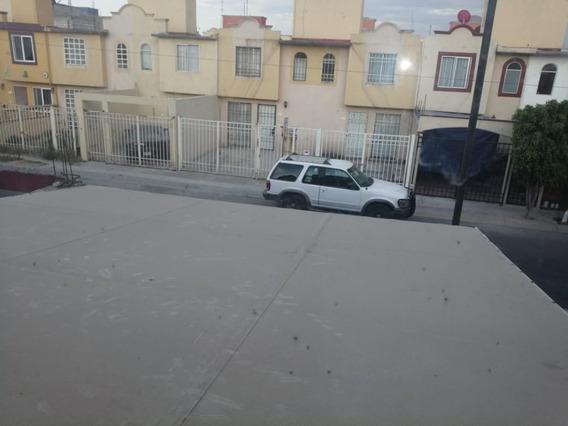 Casa Sobre Avenida En Las Americas Ecatepec