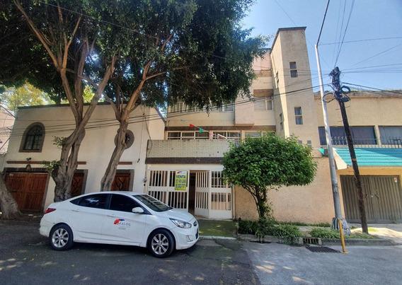 Casa Con Departamento En Ciudad Jardín