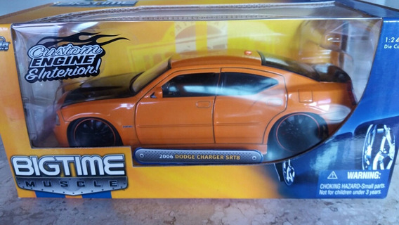 Miniatura Jada 1/24 2006 Dodge Charger Srt8