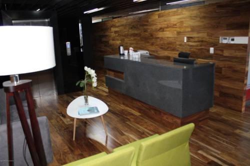 Oficina En Renta En Alamos 1era Seccion, Queretaro, Rah-mx-20-479