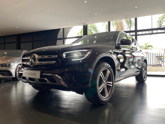 Mercedes Benz Glc 300 4*4 At 2021 - 0km Negro