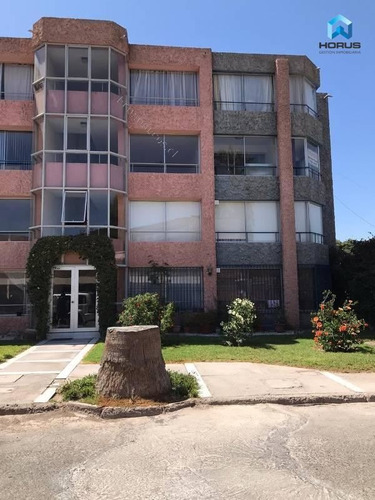 Imagen 1 de 18 de Departamento En Venta De 3 Dormitorios En Copiapó