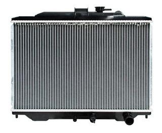 Radiador Nissan Urvan 2004 - 2009 2.4l Std Xry