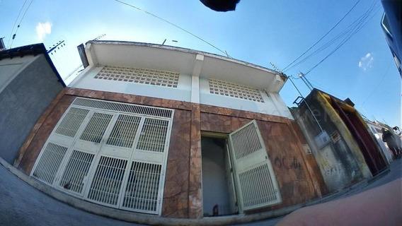 Local En Venta Centro Barquisimeto Lara 20-9439