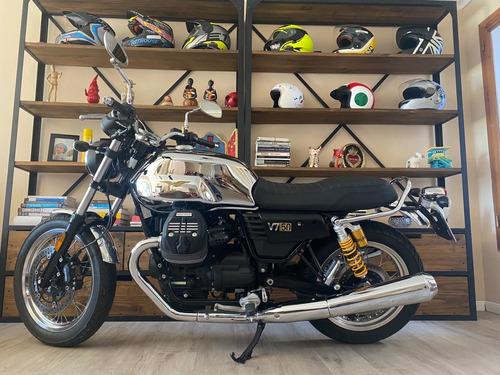 Moto Guzzi V7 Aniversario