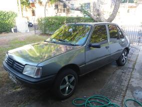 Peugeot 205 1.8 Grd