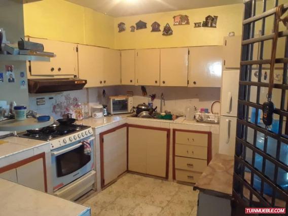 Apartamentos En Venta/las Acacias/auristela R. 04243174616